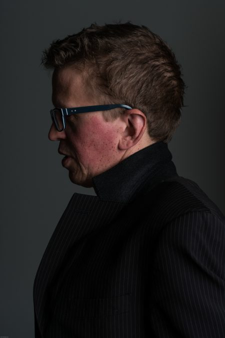 Magnus Mörck, studioporträtt